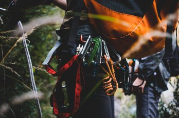 climbers-backpack-caribiners_4460x4460